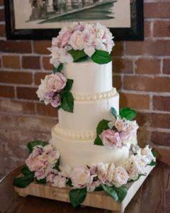 europa-wedding-cake